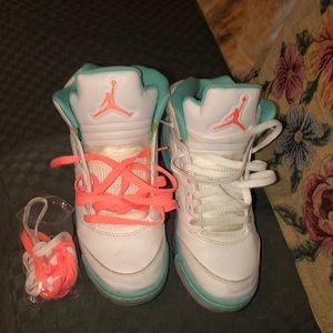 Jordan shoes gently used